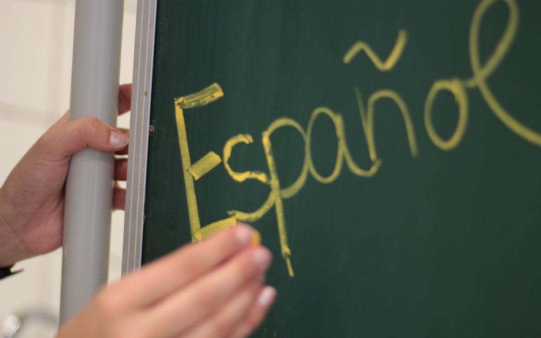 Spanyol nyelvtan gyakorlása változatos módszerekkel